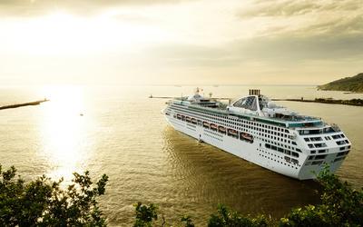 Cruise ship [5] wallpaper