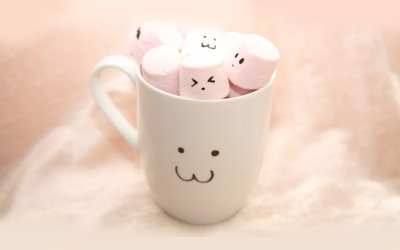 Cup full of marshmallows wallpaper