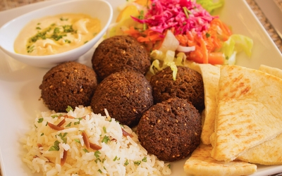 Falafel plate wallpaper