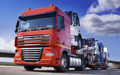 Front view of a red DAF XF wallpaper