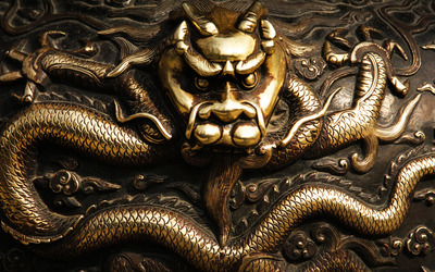 Golden dragon wallpaper