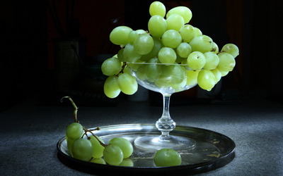 Green grapes wallpaper