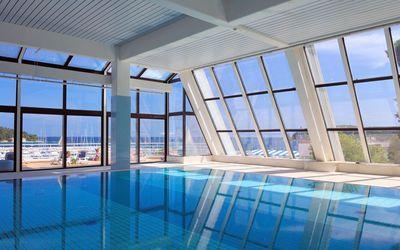 Indoor swimming pool wallpaper