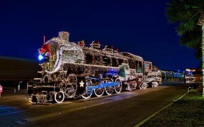 Locomotive with Christmas lights wallpaper