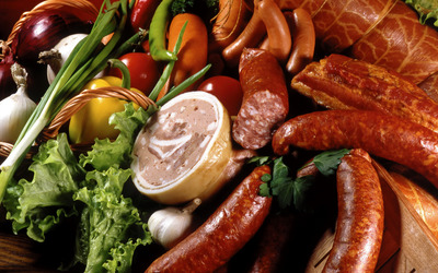 Meats and vegetables wallpaper