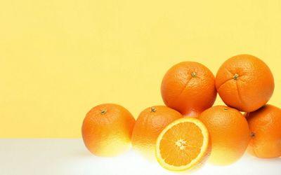 Oranges piled up Wallpaper