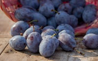 Plums on a wooden table wallpaper 3840x2160 jpg