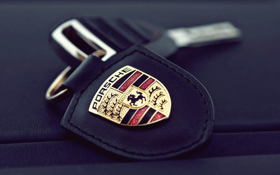 Porsche key chain wallpaper