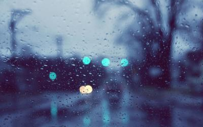 Rainy window wallpaper