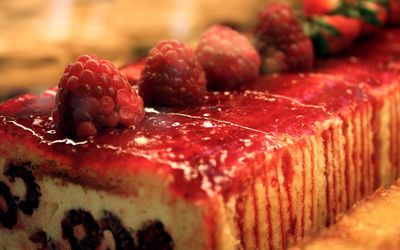 Raspberry dessert wallpaper