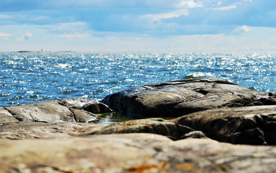 Rocks at the beach [2] wallpaper