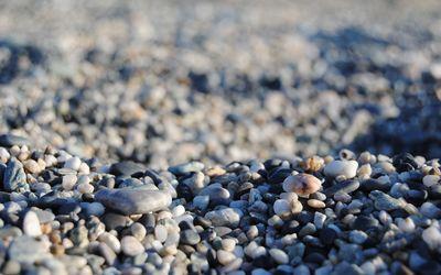 Small pebbles wallpaper