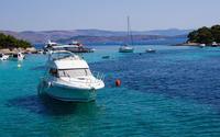 Small yachts in harbor wallpaper 3840x2160 jpg