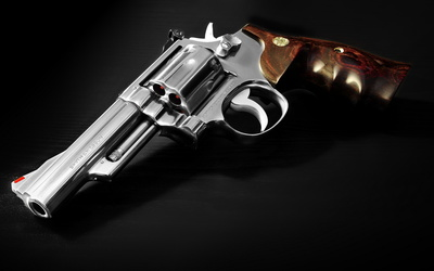 Smith & Wesson pistol wallpaper