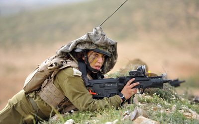 Soldier woman wallpaper