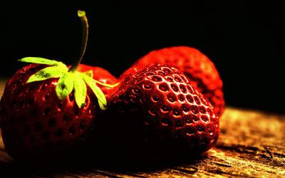 Strawberries [21] wallpaper
