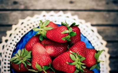 Strawberries [24] wallpaper