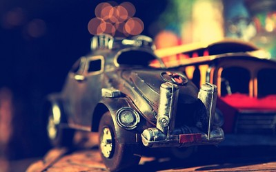 Vintage toy car wallpaper