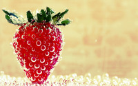 Wet straberry wallpaper 1920x1200 jpg