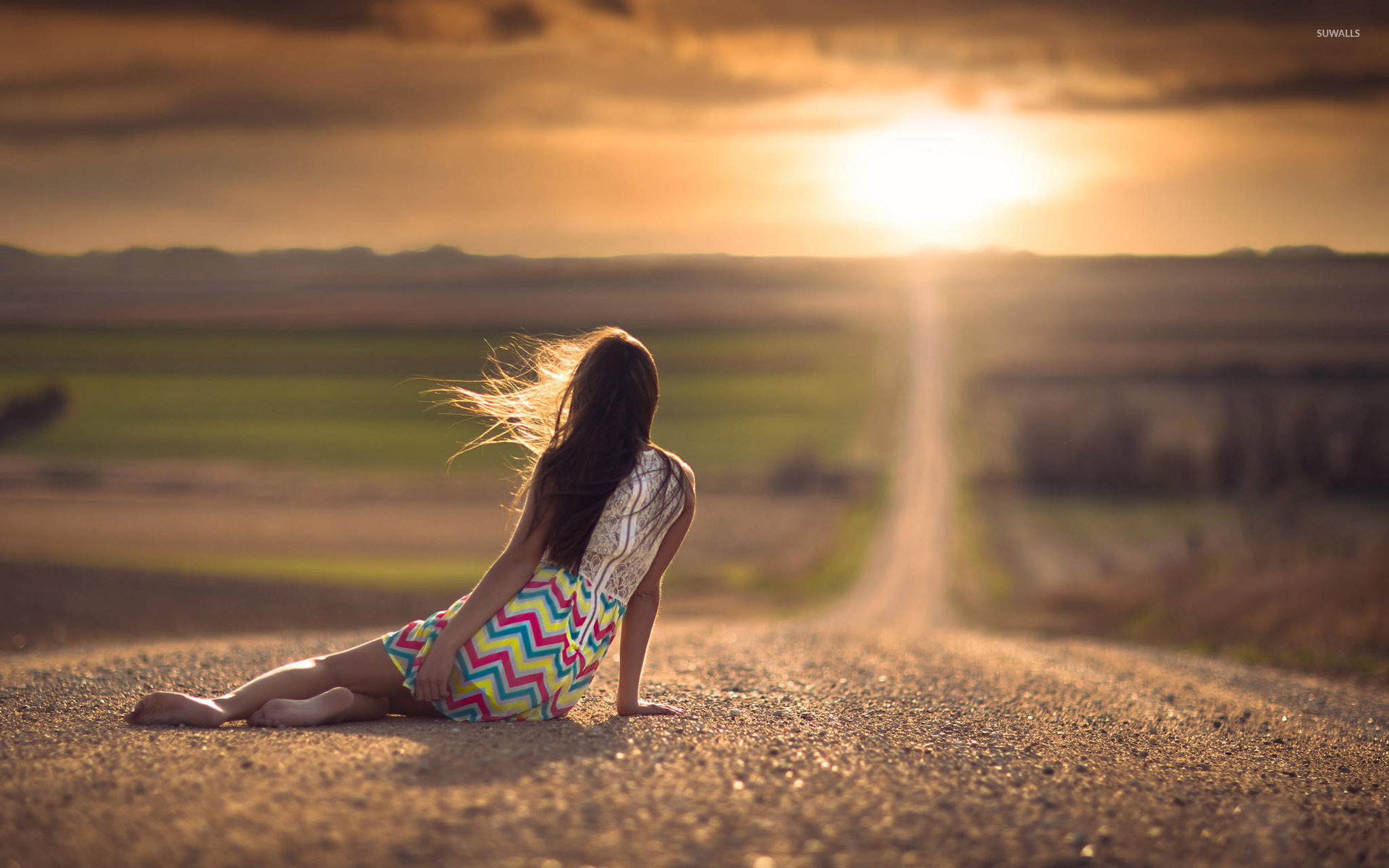 Woman watching the sunset wallpaper Photography wallpapers 40888