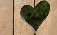 Wooden panels with a heart shaped hole wallpaper 2880x1800 jpg