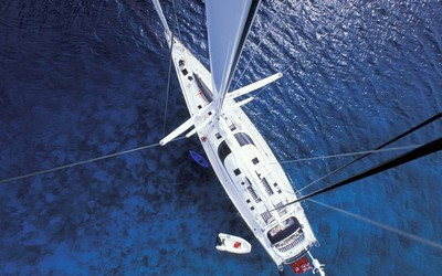 Yacht from above wallpaper