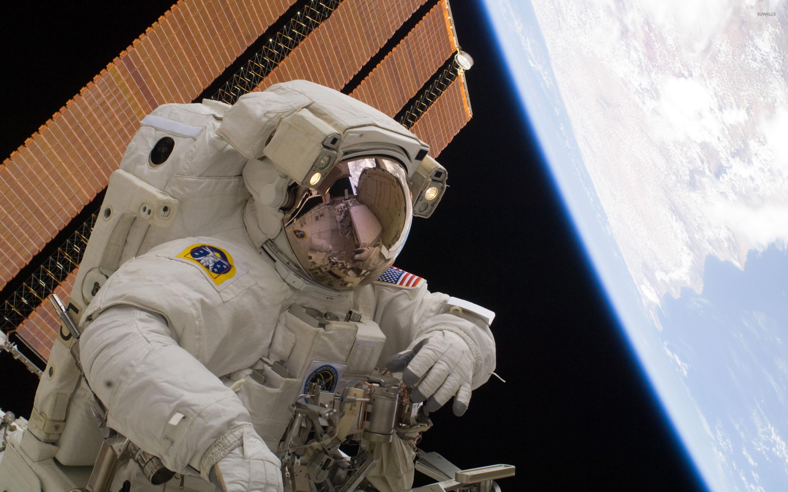Astronaut [4] Wallpaper