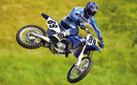 Yamaha motocross bike wallpaper 1920x1200 jpg