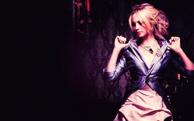 Caroline Forbes - The Vampire Diaries wallpaper