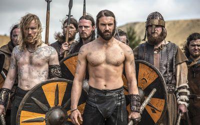 Rollo leading a viking army - Vikings wallpaper