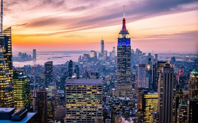 Amazing sunset sky above New York City wallpaper