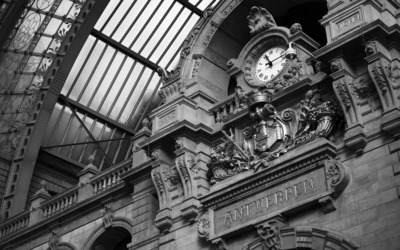 Antwerpen-Centraal railway station wallpaper