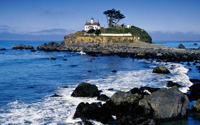 Battery Point Light, Crescent City wallpaper
