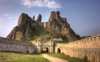 Belogradchik Fortress, Bulgaria wallpaper 2880x1800 jpg