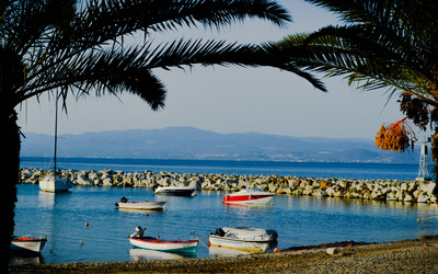 Boats in Nea Fokaia wallpaper