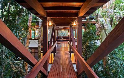 Bridge to the house wallpaper