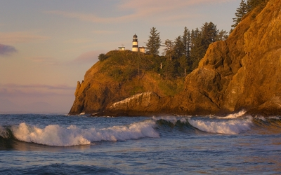 Cape Disappointment Light under the sunset light wallpaper