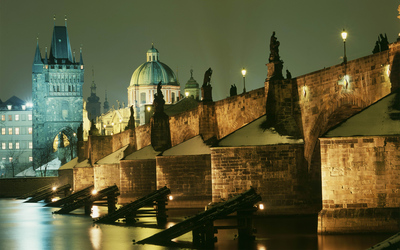 Charles Bridge in Prague wallpaper