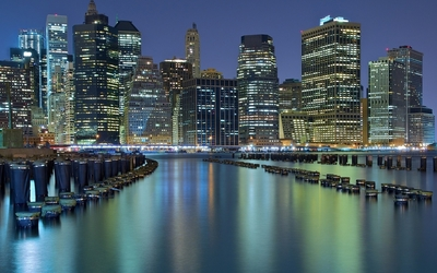 Chicago city lights reflecting in the water wallpaper