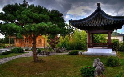 Chinese pagoda wallpaper