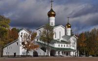 Church with golden domes wallpaper 3840x2160 jpg