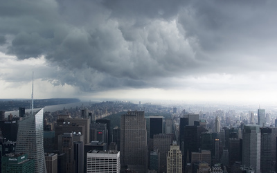 Clouded day over New York City wallpaper