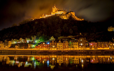 Cochem castle at night wallpaper