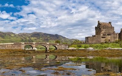 Eilean Donan Castle [4] wallpaper