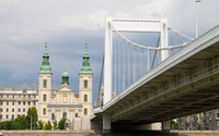 Elisabeth Bridge and the Inner City Parish Church wallpaper 2880x1800 jpg