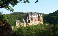 Eltz Castle wallpaper 2560x1600 jpg