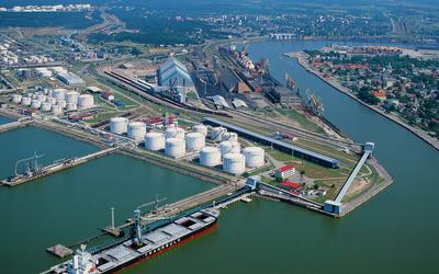 Free port of Ventspils [2] wallpaper