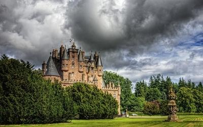 Glamis Castle wallpaper