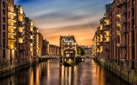 Golden lights in Speicherstadt wallpaper 2880x1800 jpg