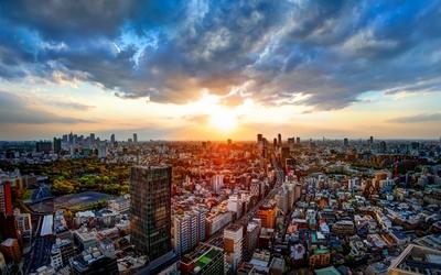 Golden sunset above Tokyo wallpaper